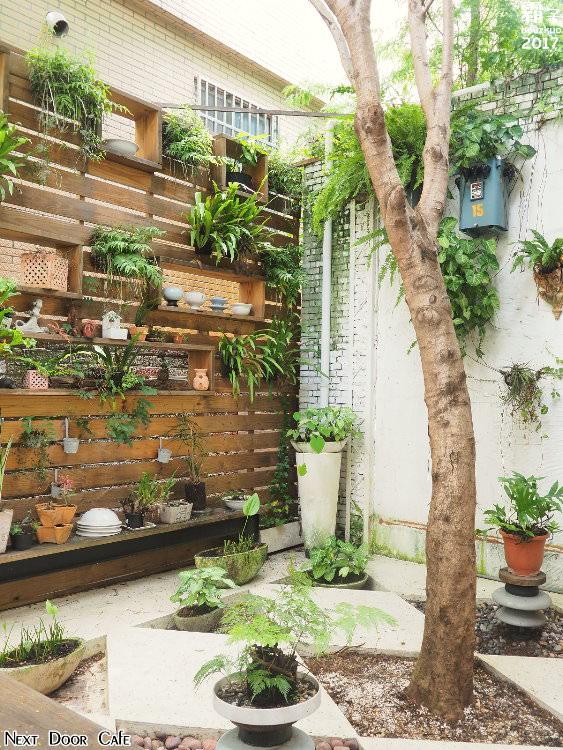 20170821173721 36 - Next Door Cafe 隔壁咖啡,光、影、綠意相結合的咖啡館~(已歇業)