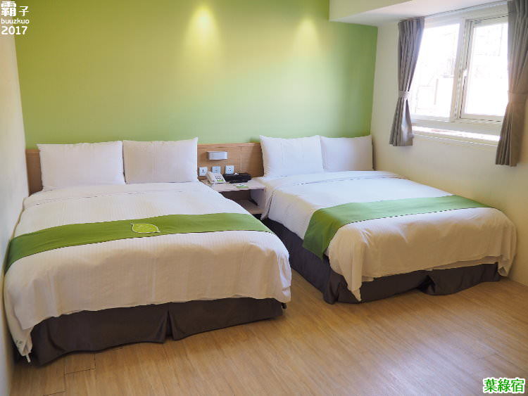 20170829222730 49 - 葉綠宿,逢甲商圈內一棟充滿綠意的旅店,館內還有整片植生牆~