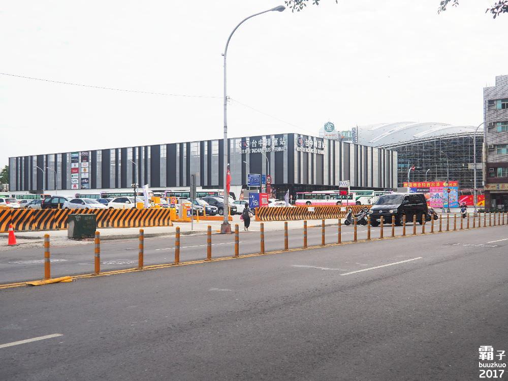 國光客運台中轉運站,搬遷週年,有了三猿廣場顯得更熱鬧惹~