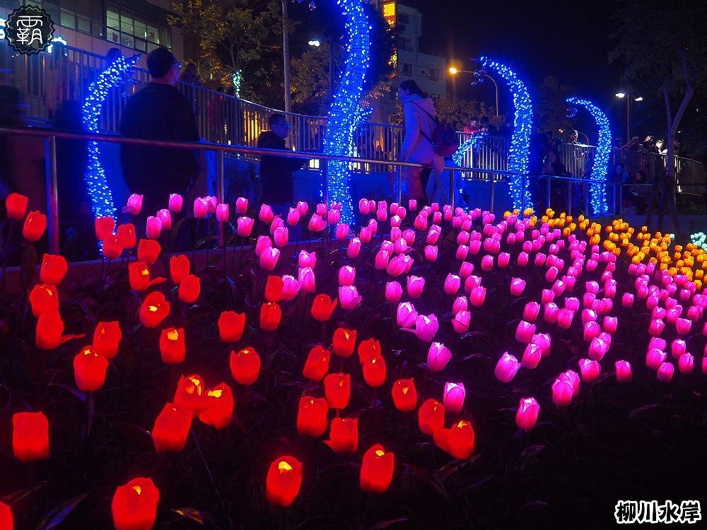 20171210010611 2 - 柳川水岸步道聖誕樹亮起來,中區柳川光景藝術展同步點燈~
