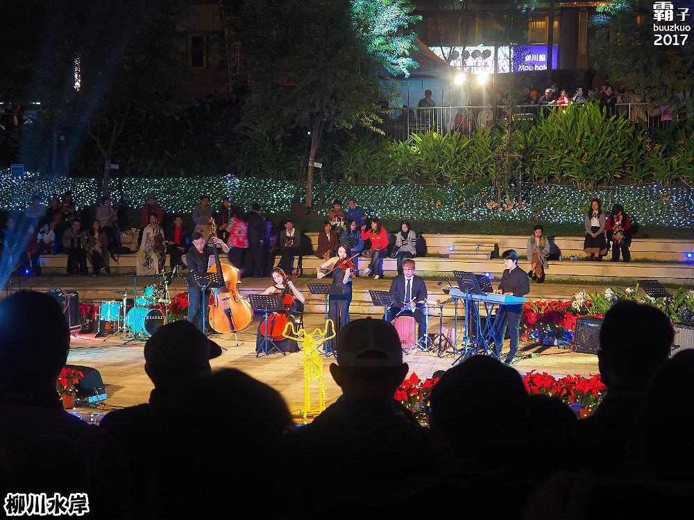 20171210011033 33 - 柳川水岸步道聖誕樹亮起來,中區柳川光景藝術展同步點燈~