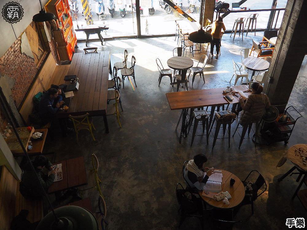20180210210546 46 - 手樂 S.L CAF'E工業風咖啡館,環境加氣氛好插座咖啡館,還有長桌適合多人聚會!