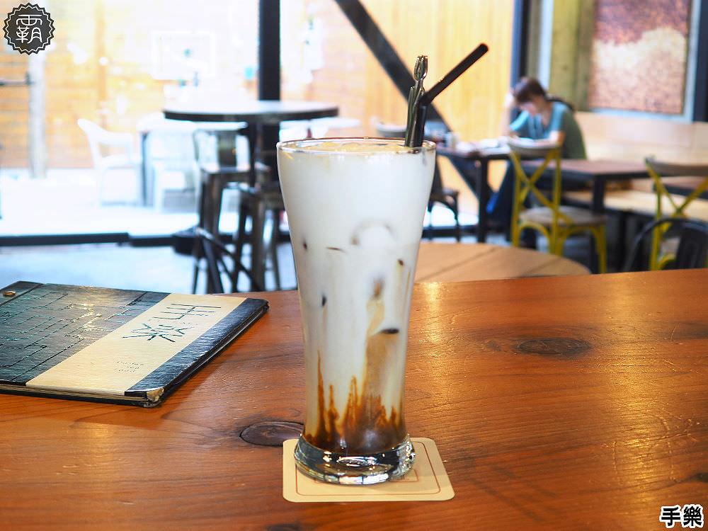 20180210211316 5 - 手樂 S.L CAF'E工業風咖啡館,環境加氣氛好插座咖啡館,還有長桌適合多人聚會!