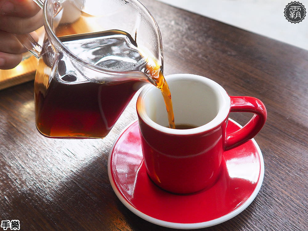 20180210211534 62 - 手樂 S.L CAF'E工業風咖啡館,環境加氣氛好插座咖啡館,還有長桌適合多人聚會!