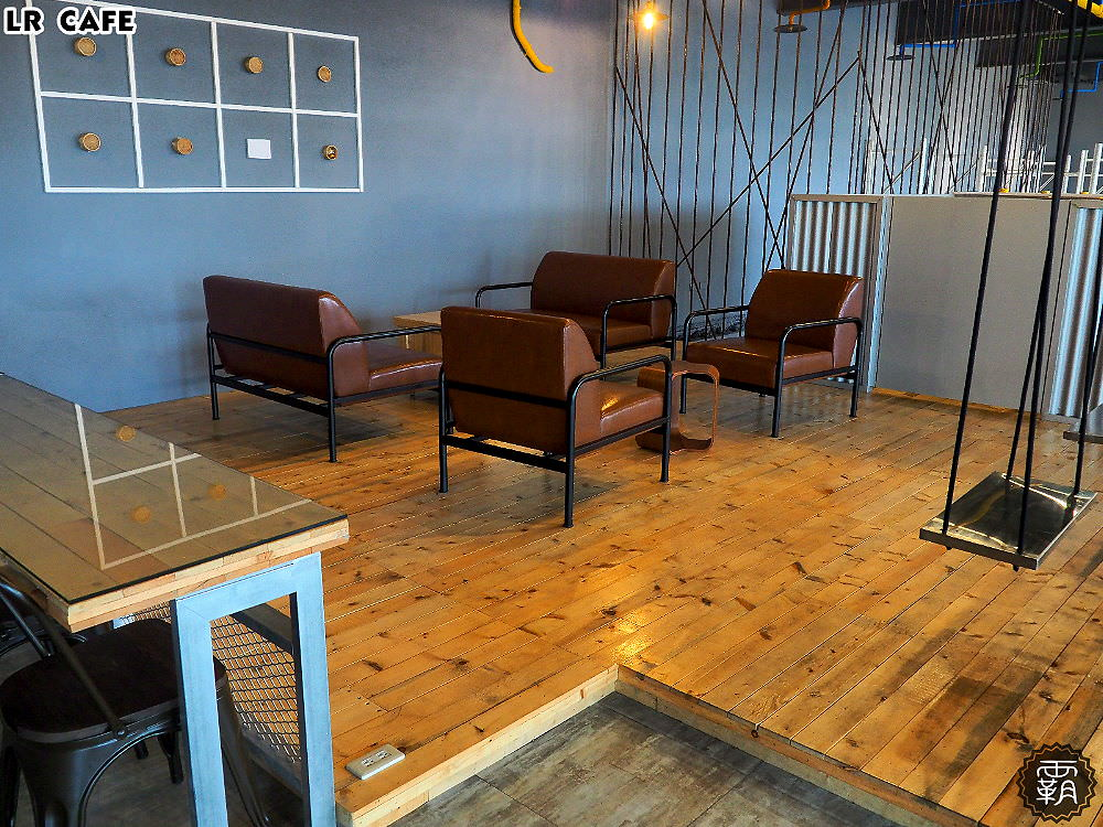 20180327180541 71 - LR cafe,隱身在烏日高鐵站對面的韓風咖啡館,三層樓空間好寬敞~