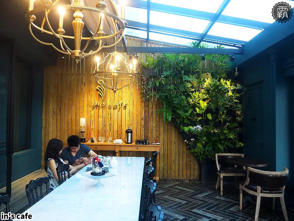 20180923192536 100 - in's cafe北屯精品咖啡,自家烘焙咖啡跟自製布丁,英倫貴族風,還有美拍植生牆~