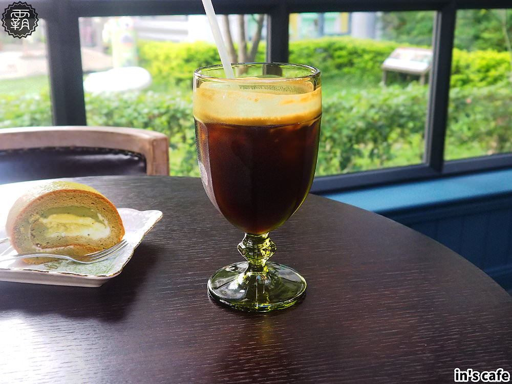 20180923193139 11 - in's cafe北屯精品咖啡,自家烘焙咖啡跟自製布丁,英倫貴族風,還有美拍植生牆~