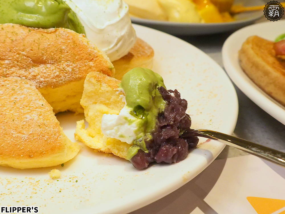 20190808230539 33 - 熱血採訪 | 奇蹟的舒芙蕾鬆餅台中首店開幕!FLIPPER'S軟綿鬆餅超迷人,點芒果限定口味送迷你隨身揹袋!