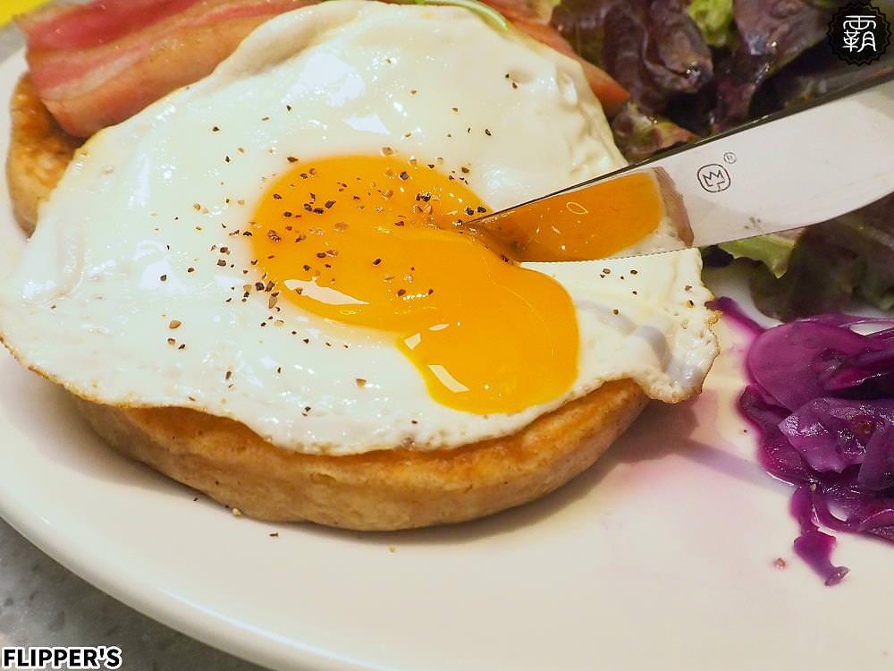 20190808231110 75 - 熱血採訪 | 奇蹟的舒芙蕾鬆餅台中首店開幕!FLIPPER'S軟綿鬆餅超迷人,點芒果限定口味送迷你隨身揹袋!