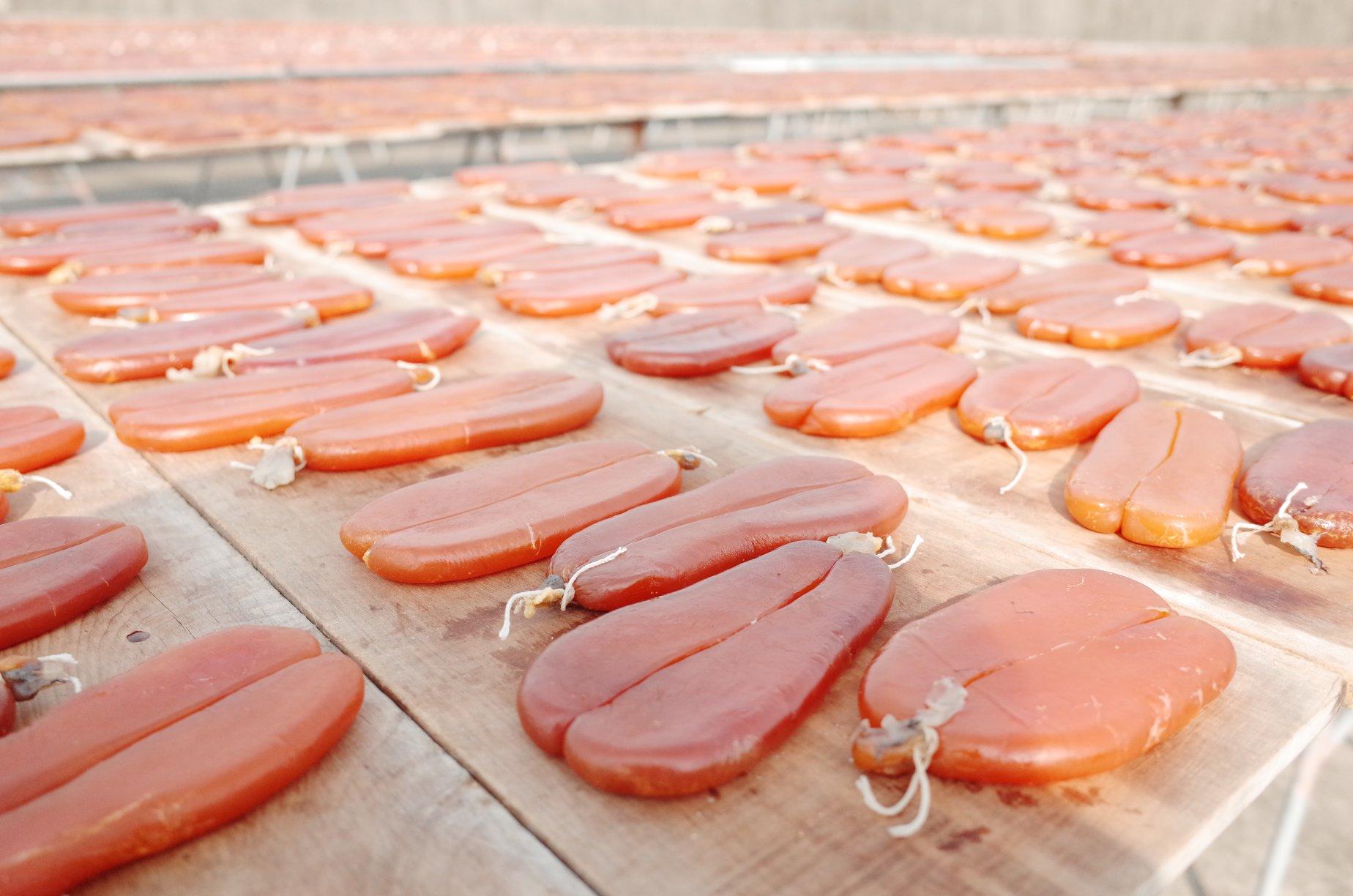 20200604135239 86 - 熱血採訪 | 隱藏在巷弄內的烏魚子肉粽今年又開始了,一年只做這一檔的鯊魚挑嘴肉粽!