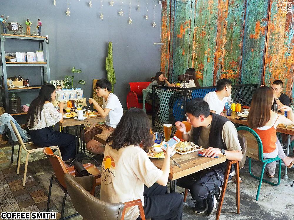 20200705123916 24 - 工業風咖啡名店Coffee Smith也推出400次咖啡,咖啡蓋好綿密厚實~